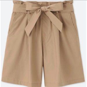 NWT Beige Paperbag High Rise Belted Short